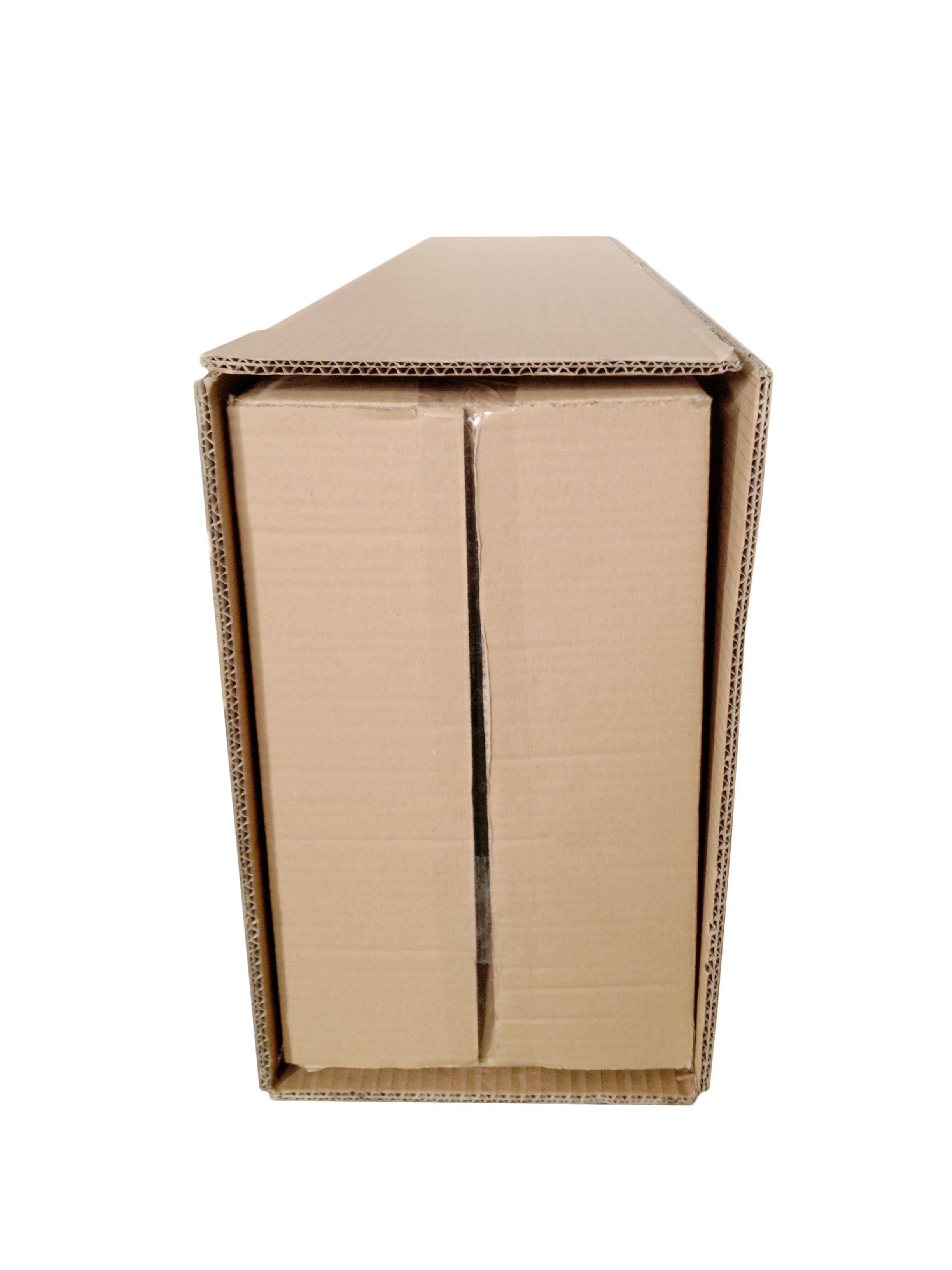 4). Kartons ineinander geschoben